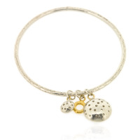 T-B04 2_2.5 mm round bangle with 3 charms
