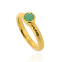 N-R06gp_ch Hammered Stacking Ring, Fully Gold-Plated with 5 mm Chrysoprase