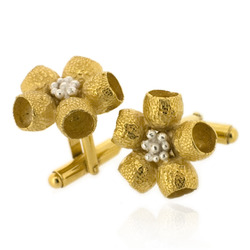 B-C04 Botanica Eucalyptus Flower Cufflinks - Gold Plated
