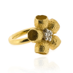 B-R01gp Gumnut Flower Ring, Gold