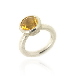 B-R04ct Acorn Cup Ring with Citrine
