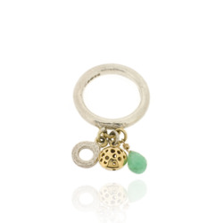 T-R03 3 mm round band with small charm & chrysoprase briolette
