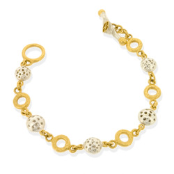 T-B01 Single-strand bracelet with mini-rings & 6 GP small charms