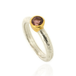 N-R06pt Hammered Stacking Ring, Silver with 5 mm Pink Tourmaline