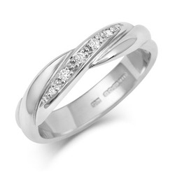 Crossover Diamond Set Wedding Band
