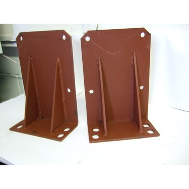 Fender mounting bracket set for Massey Ferguson 300 series (without cab)