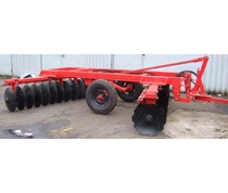 Trailed 32 disc harrow