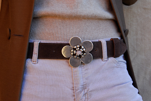 daisy clear stone belt buckle